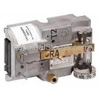 Johnson Controls T-4002-9009 Reverse Acting Horizontal Thermostat